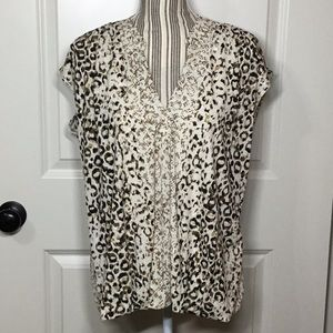 Luxology Mixed Print V-Neck Top, Large - NWT!!